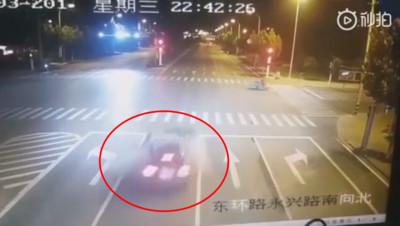 23歲瑪莎拉蒂女酒駕 撞爆BMW害2命