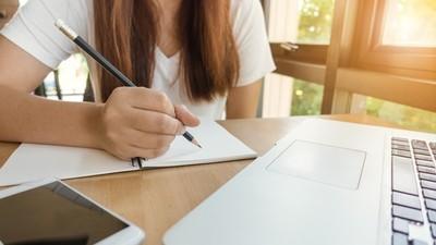 資優生要求「畢旅晚上幫複習」!老師一句話打醒:除了讀書你還會什麼