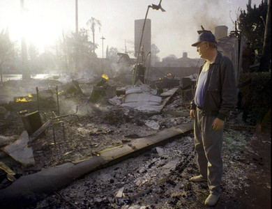 地震襲南加州/1994北嶺地震奪57命