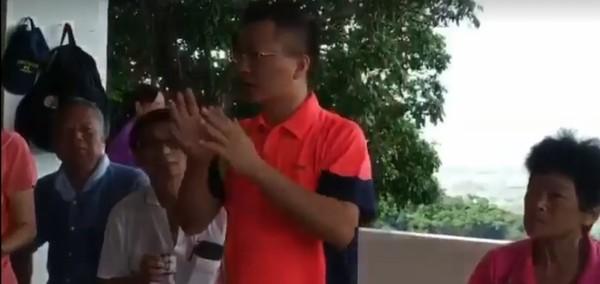 ▲台水董事長魏明谷說八卦山泉水為何不能喝。(圖/記者唐詠絮翻攝)