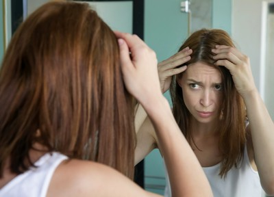 3種NG洗頭法讓你出油搔癢又頭臭