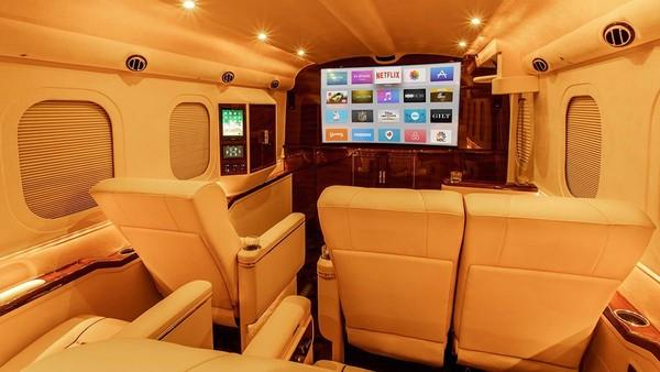 新台幣3,000萬包吃包睡 福特F-550化身超豪華移動式旅館(圖/翻攝自LEXANI Motorcars)