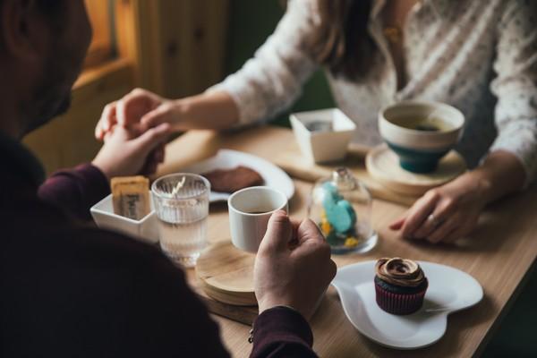 用餐,約會,餐廳,下午茶,男女(圖/取自免費圖庫stocksnap)