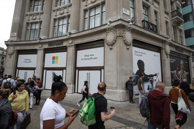 歐洲第一家!微軟進軍英國開設實體門市