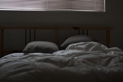 台中租屋!閨蜜睡她位置…被打醒