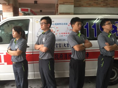 宜蘭消防員夏季換穿舒適POLO衫