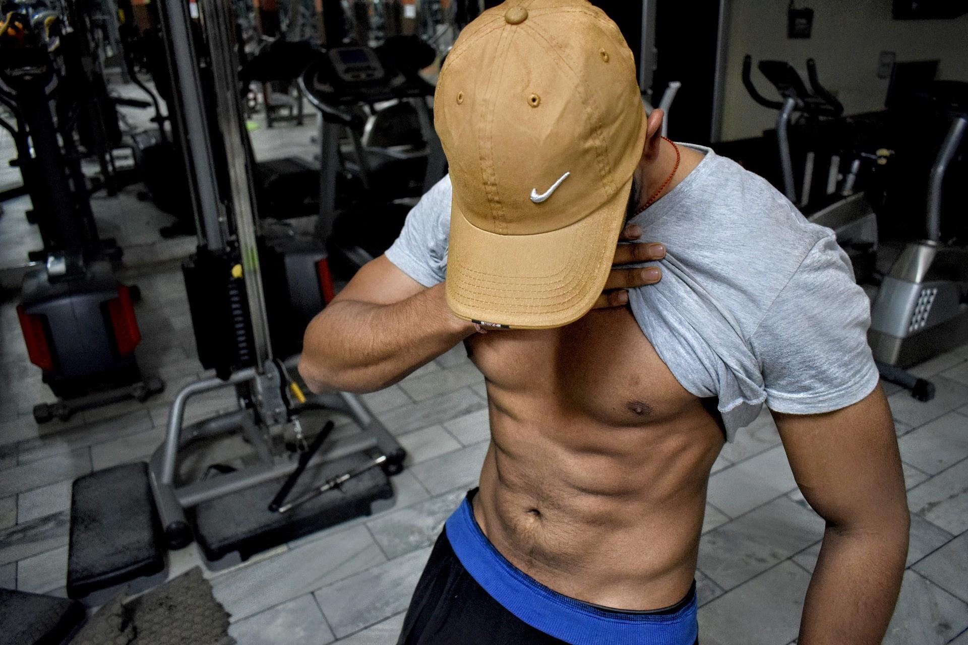 ▲猛男,腹肌,健身。(圖/取自免費圖庫Pixabay)