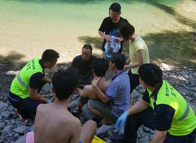 男子不慎溺水 家屬急救救回一命