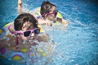 小孩比大人更易中暑!「危險4指標」曝光