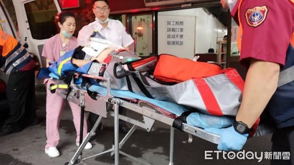 快訊/光復南路工人維修冷氣 遭「220V電擊」倒地!命危搶救中