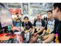 Howhow現身  夏日電玩展開展首日玩家滿載而歸