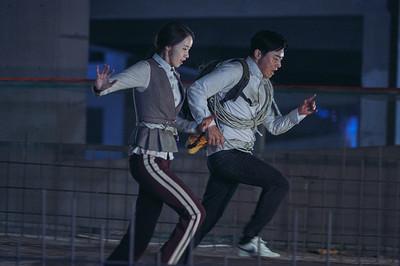 《極限逃生》潤娥公認「體力王」跑超快又翻超遠!曹政奭當場看傻了