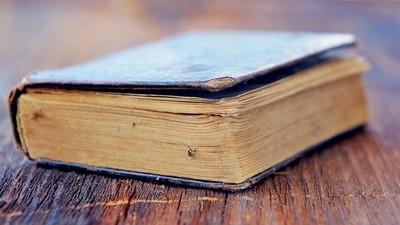 書本有毒!丹麥圖書館古書「被塗劇毒巴黎綠」 翻頁舔手指等送醫