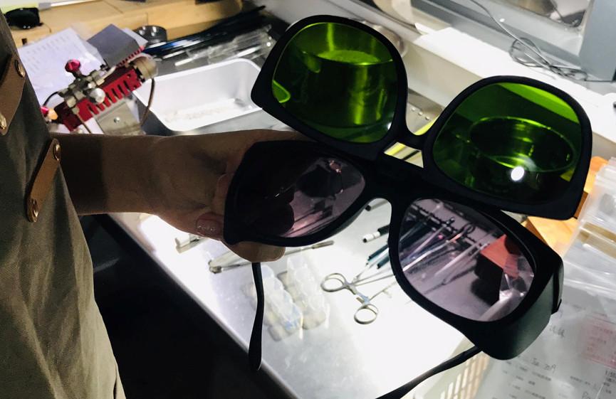 ▲用骨灰做的超唯美玻璃紀念珠。(圖/Ciao•紀念玻璃專門店授權使用,下同)