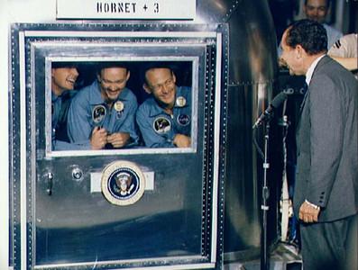 阿姆斯壯死後 另外2名太空人呢?