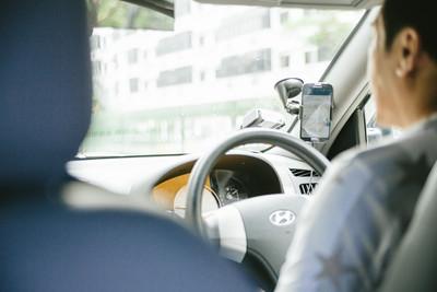 忽視頸部僵硬!計程車司機突然「腦梗塞」昏倒 半身失去知覺