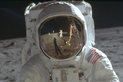 阿姆斯壯太有名 兒拒當太空人