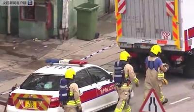 工廠大廈傳巨響!港警「急拉封鎖線」引爆