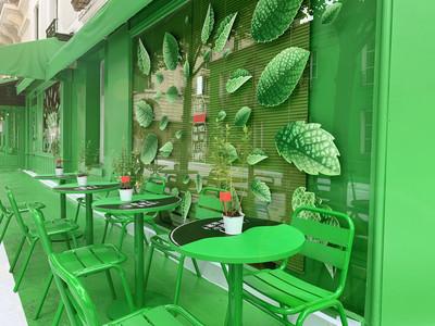就是這個綠!攻佔巴黎LV男裝快閃店