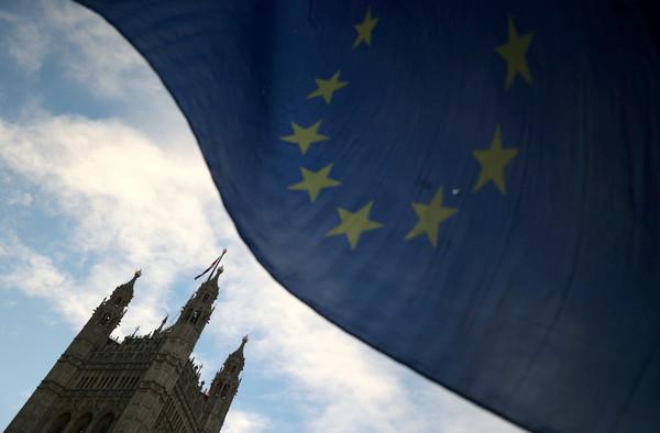 路透:歐盟考慮取消部份國家的金融市場准入資格 警告英國意味濃