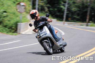 實測103km/h!iE125電動機車試駕