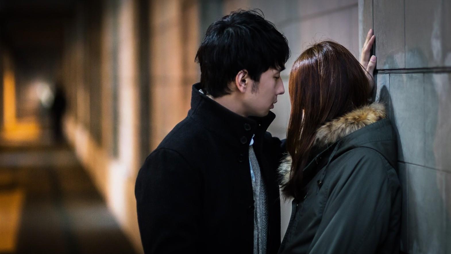 ▲▼情侶,接吻。(圖/取自免費圖庫Pakutaso)