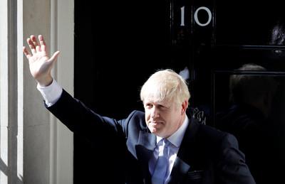 英備10億英鎊硬脫歐 保守黨支持度升