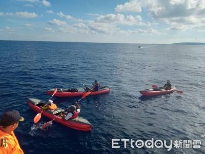6大3小划5艘獨木舟 體力不支漂外海