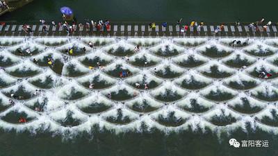 影/杭州網紅景點龍麟壩 媒體採訪時突發溺水意外