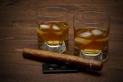 阻絕假酒流通 FB、IG禁止私人間銷售菸酒