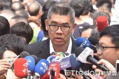 不滿不分區名單 連勝文:謝龍介為何永遠在吳主席後面?