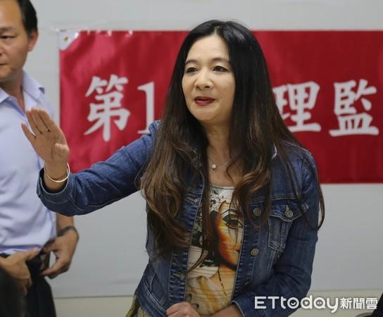 跆協鎖門阻臨時理事會 應曉薇譴責吳兩平應請辭理事長