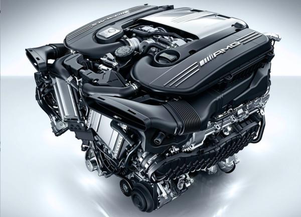 ▲下1代賓士AMG C63將從後區改為4 Matic 4驅配置。(圖/翻攝自Mercedes-Benz)