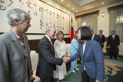 強生任英國首相 蔡英文:深化夥伴關係