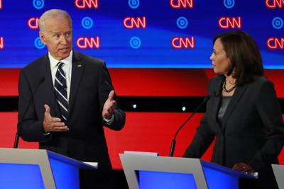 民主黨辯論續戰 拜登搶下發言權