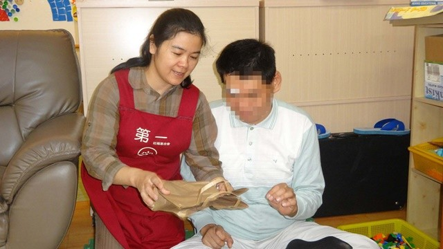 ▲▼養護機構讓她們上許多專業課程。(圖/第一社福提供)