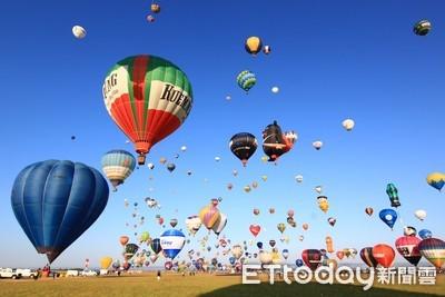 「喔熊」熱氣球法國升空 與全球百顆球爭艶