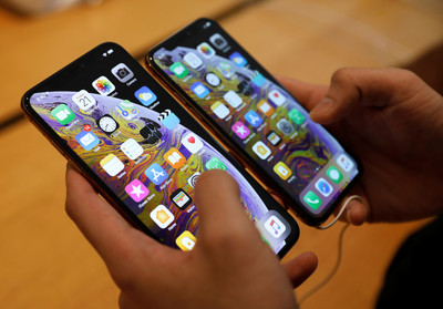 5大品牌旗艦手機保值大比拚! iPhone XS Max 64GB版奪冠