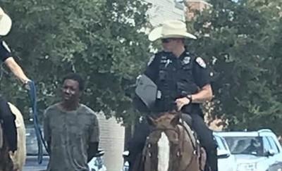 德州騎警「牽繩遛嫌犯」爆種族歧視 警方道歉了