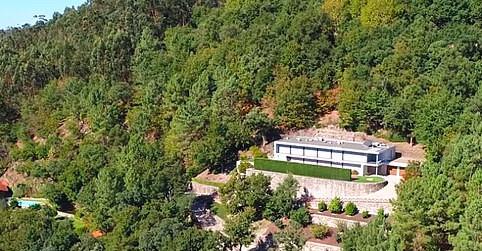 ▲▼C羅位在葡萄牙的豪宅。(圖/翻攝自YouTube/Portugal visto do Ceu)