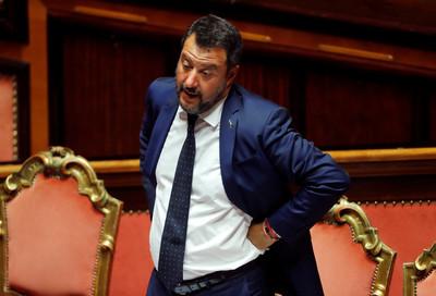 義大利聯合政府「內鬨數月」聯盟領導人提議重選
