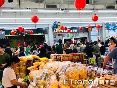 米塔恐中颱強逼!量販、超市備貨量增 營業時間曝光了