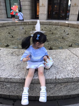 ▲劉真首曝3歲女兒正面照。(圖/翻攝自劉真臉書)