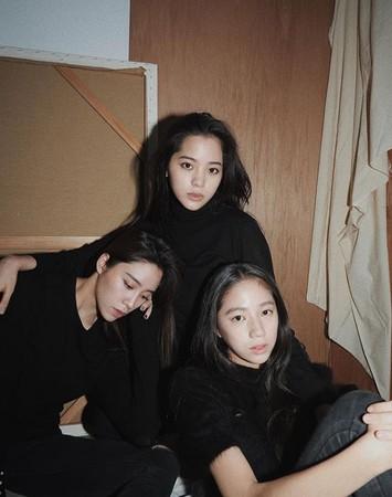 ▲歐陽妮妮、娜娜、娣娣三姊妹感情相當好。(圖/翻攝自歐陽妮妮Instagram)