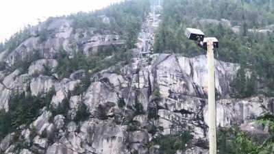 電纜遭切斷 加拿大纜車墜山谷