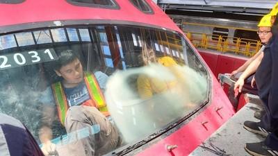 普悠瑪號又出包!前擋玻璃嚴重霧化