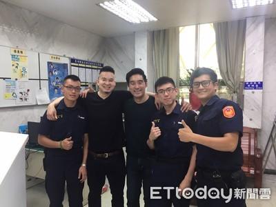 華裔美籍青年搭小黃丟錢包 警速尋回