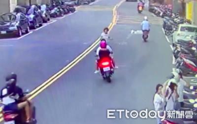 婦越雙黃線 遭17歲少年載馬子撞斷腿