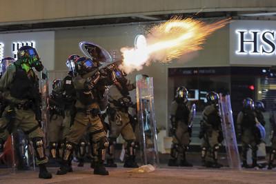 持續癱瘓香港機場!港網友發起13日「齊齊再接機」