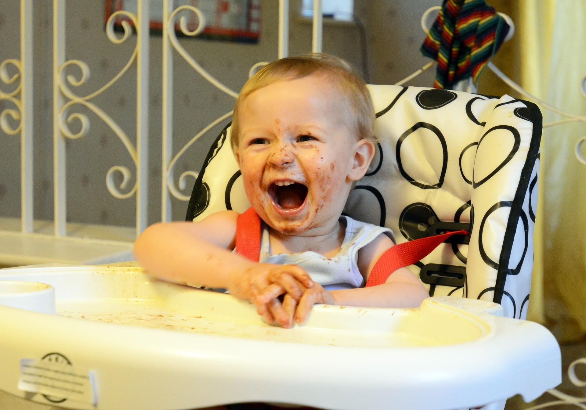 ▲小孩,寶寶,哭,吃,笑。(圖/取自免費圖庫Pixabay)